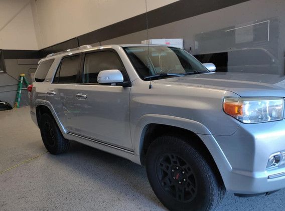 2011 Toyota 4runner 20% fronts done to match factory shaded glass
