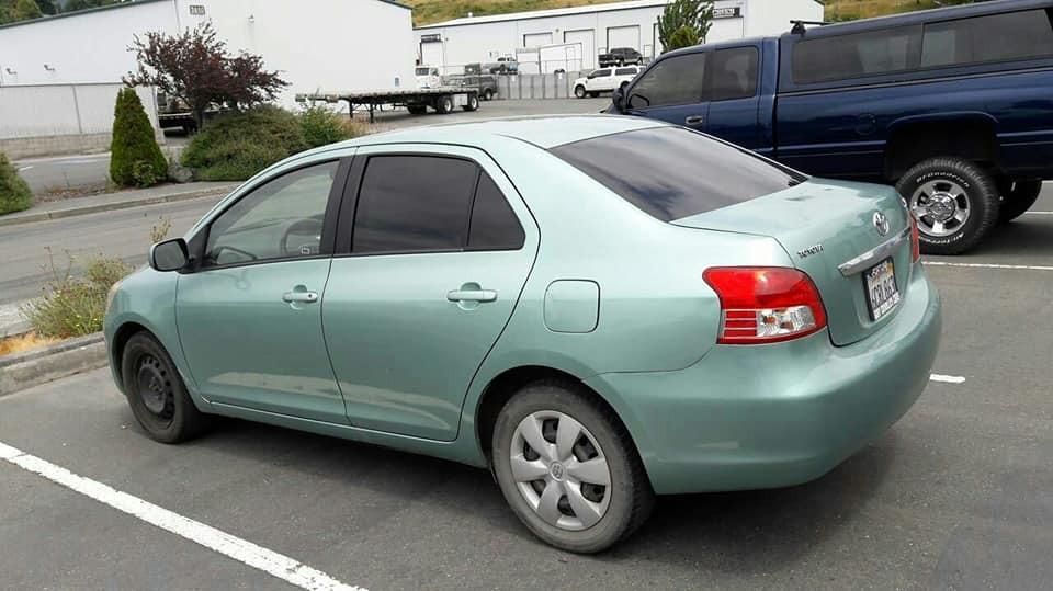 """Toyota Yaris 5% """"limo tint"""""""