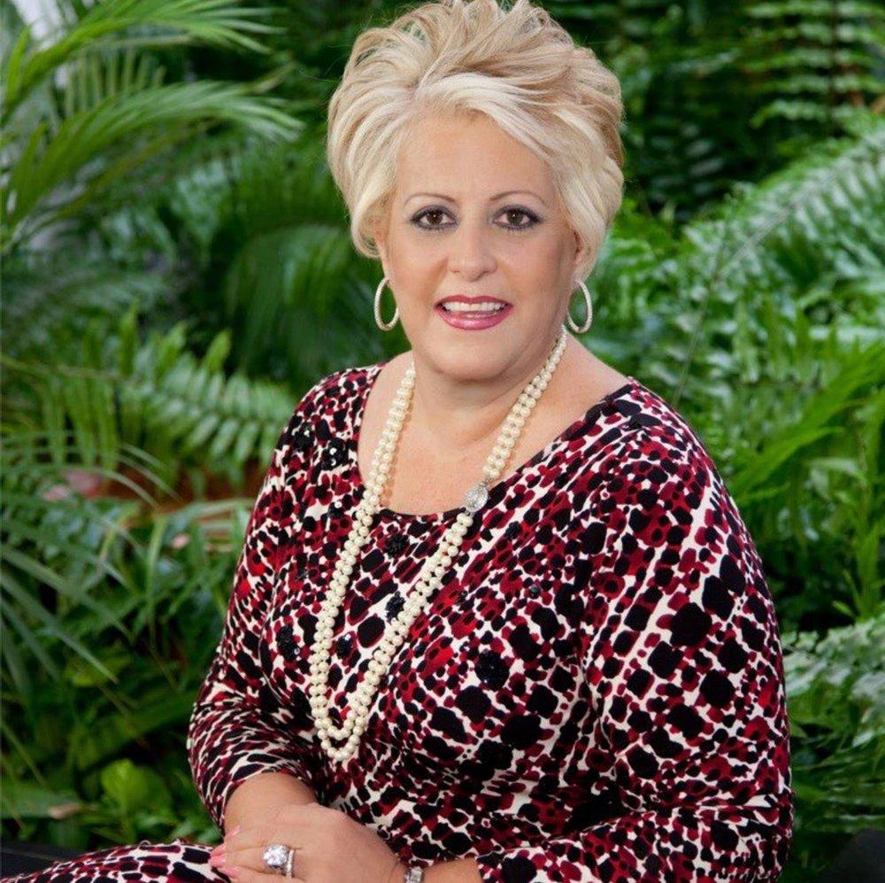 Sra. Sylvia B. Cestero León