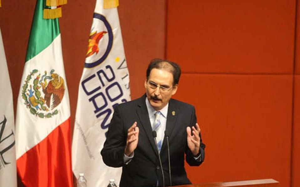 Dr. Eduardo Soto Regalado