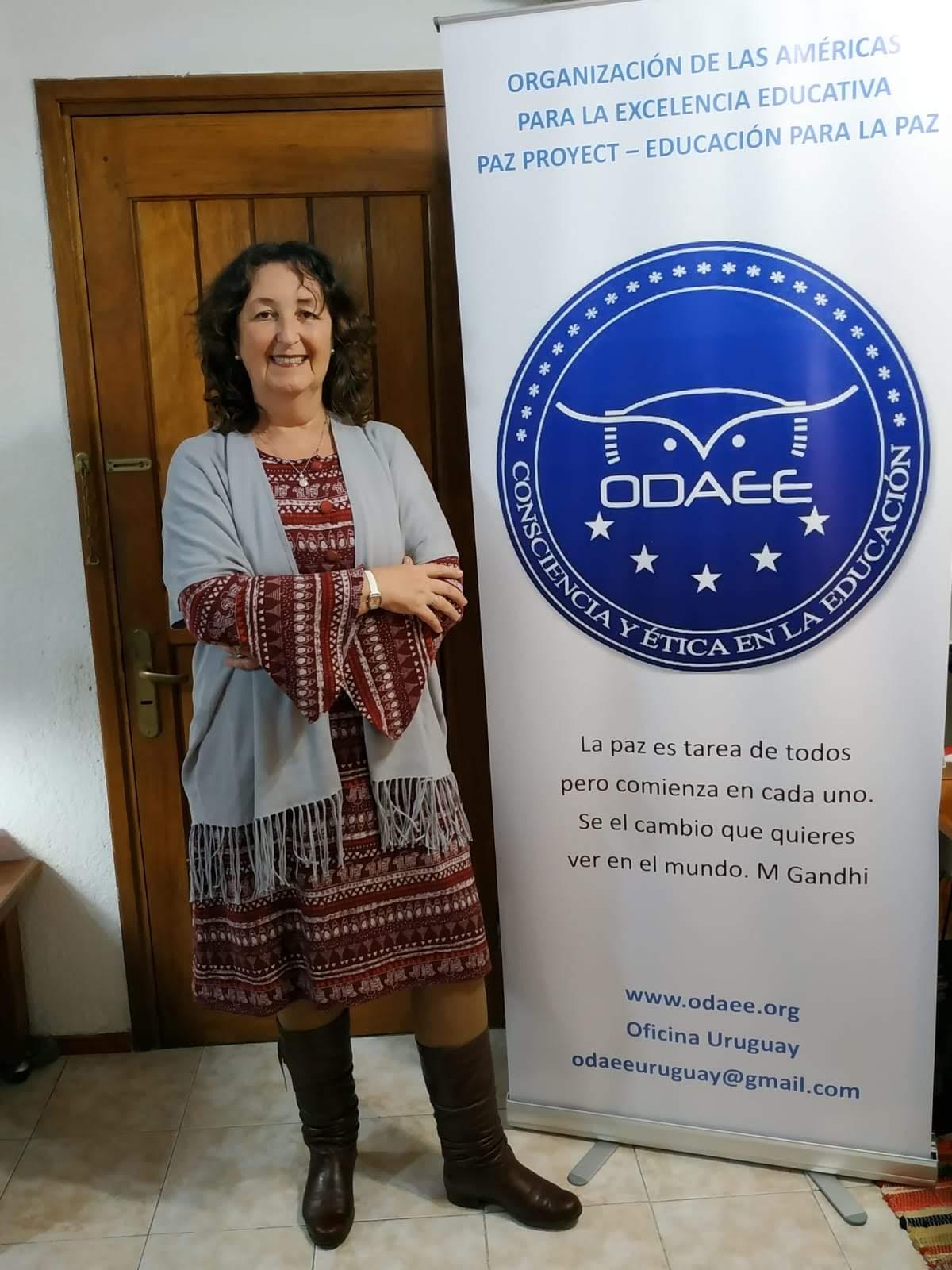 DIRECTORA Y EMBAJADORA DE PAZ