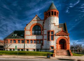 Hoyt Public Library