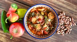 Fasolka pinto z papryką i pomidorami