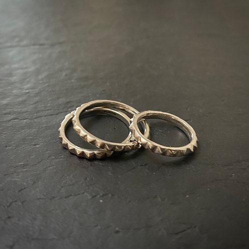 Small Irregular Studs Ring Silver / End line