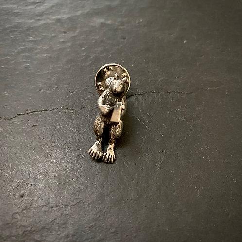 Squirrel executer pin brooch silver / Sample