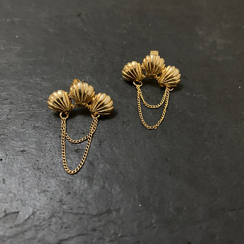 Triple shell earrings gold / End line
