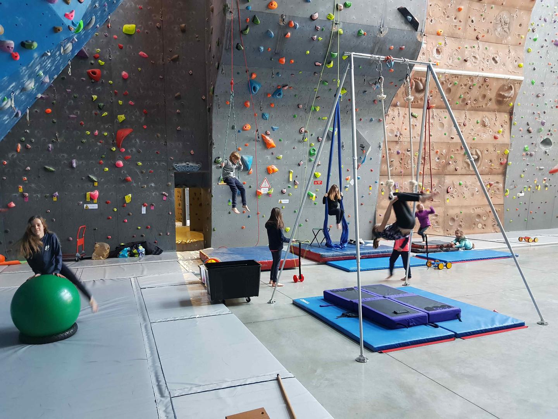 stage_cirque_escalade_réduit_3.jpg