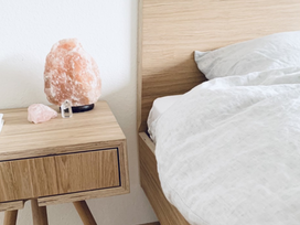 9 Ways to Feng Shui Your Bedroom