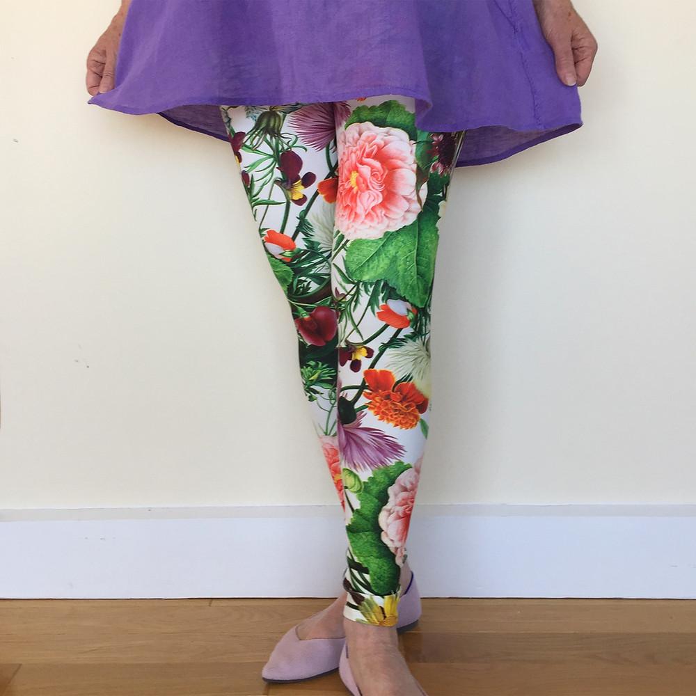 Women's leggings Rose and Gaia art leggings