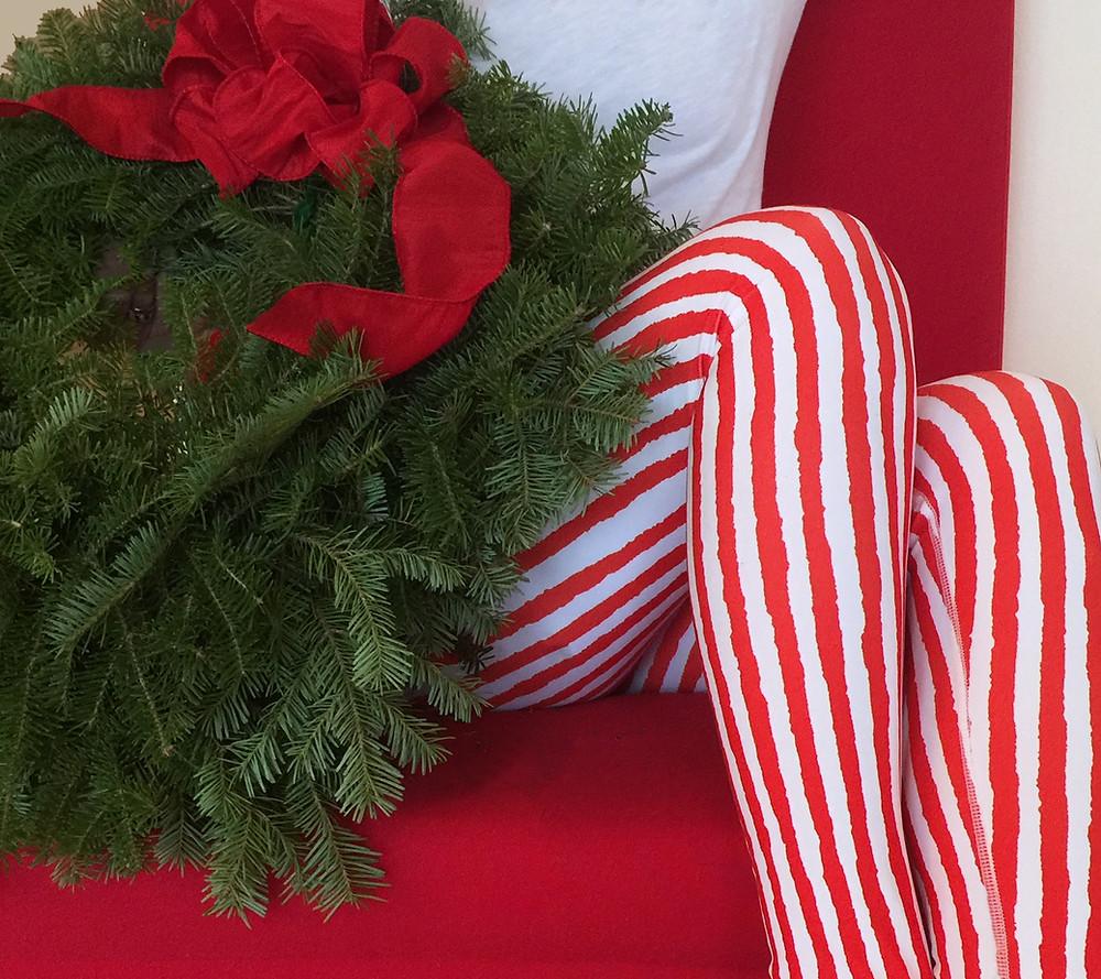 Rose and Gaia art leggings red stripe