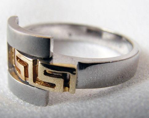 Greek key design two-tone ring