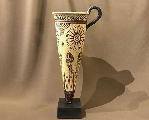 Minoan conical rhyton with murex