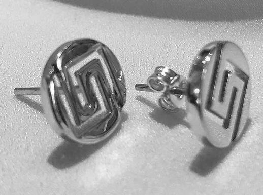 Greek key design circle earstuds