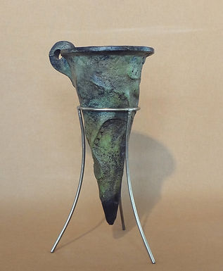 bronze rhyton with octopus motif