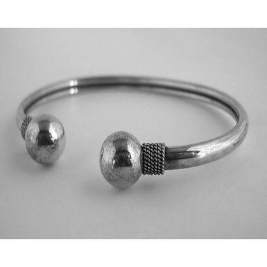 twin orbs bracelet