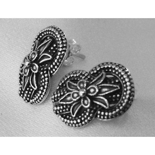 woven loveknot and lotusflower earrings