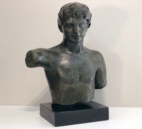 bronze torso of Dionysos
