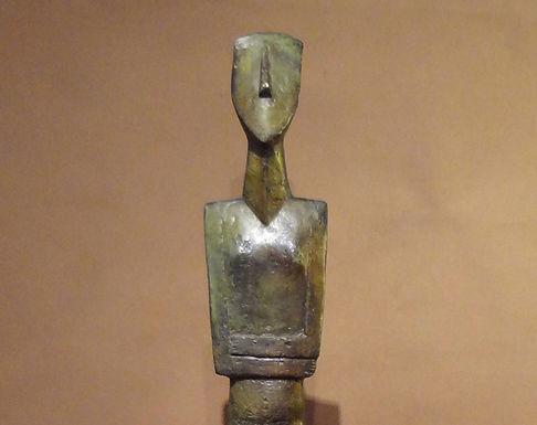 vast Cycladic figurine