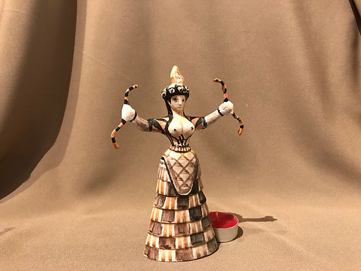 Minoan snake goddess A (small)