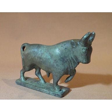 bronze chunky bull