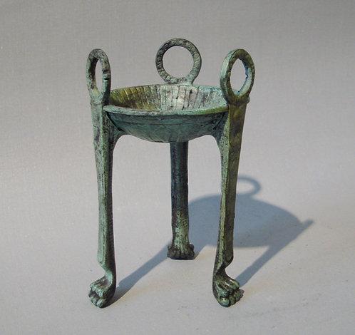 baby bronze tripod