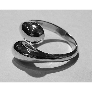 teardrops ring