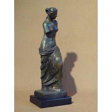 bronze statue: the Aphrodite of Milos