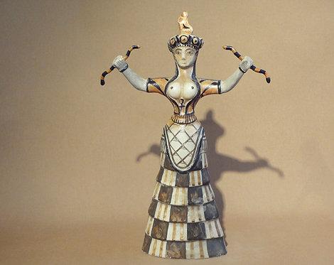 Minoan snake goddess A (large)