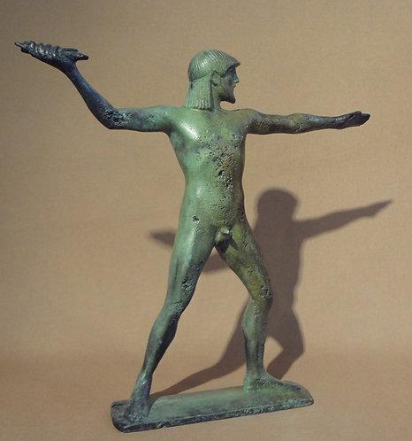 bronze statue: Zeus, king of the gods