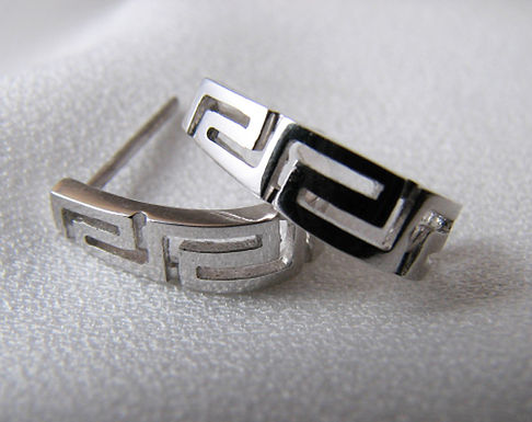 Greek key design curved lobe earstuds