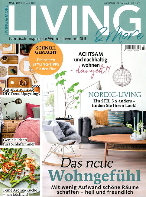 Living & more Titel.jpg
