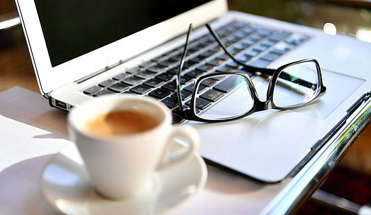 Empresa pode impor corte de salário ao morador em home office.jpg