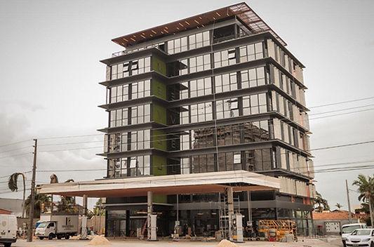 Em 100 dias, construtora ergue edifício