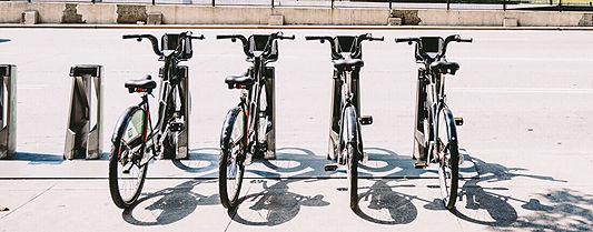 Espaço para bicicleta ganha destaque em anúncio de imóveis (arquivo).jpg