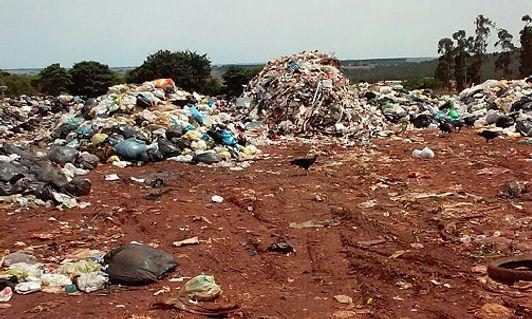 Cresce o número de lixões a céu aberto,