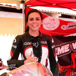 María Fernanda, arquitecta y piloto de motos en Super Copa