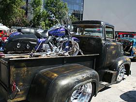 Ford F100 y Harley Softail