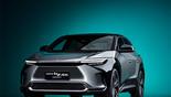 Toyota presentó el bZ4X, parte de su nueva línea de vehículos electrificados