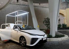 Toyota Mirai, el nuevo papamóvil a base de hidrógeno