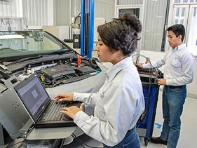 VW México integra nueva especialidad a Centro de Formación Dual