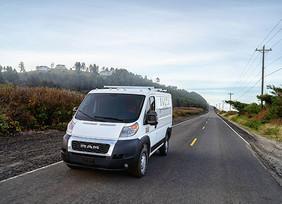 FCA y Waymo expanden alianza tecnológica para conducción autónoma