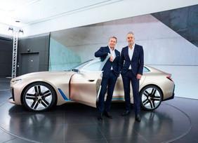 El BMW Concept i4. Manteniéndose adelante en estilo