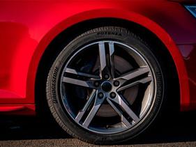 Más de 35% de autos cuentan con neumáticos Bridgestone