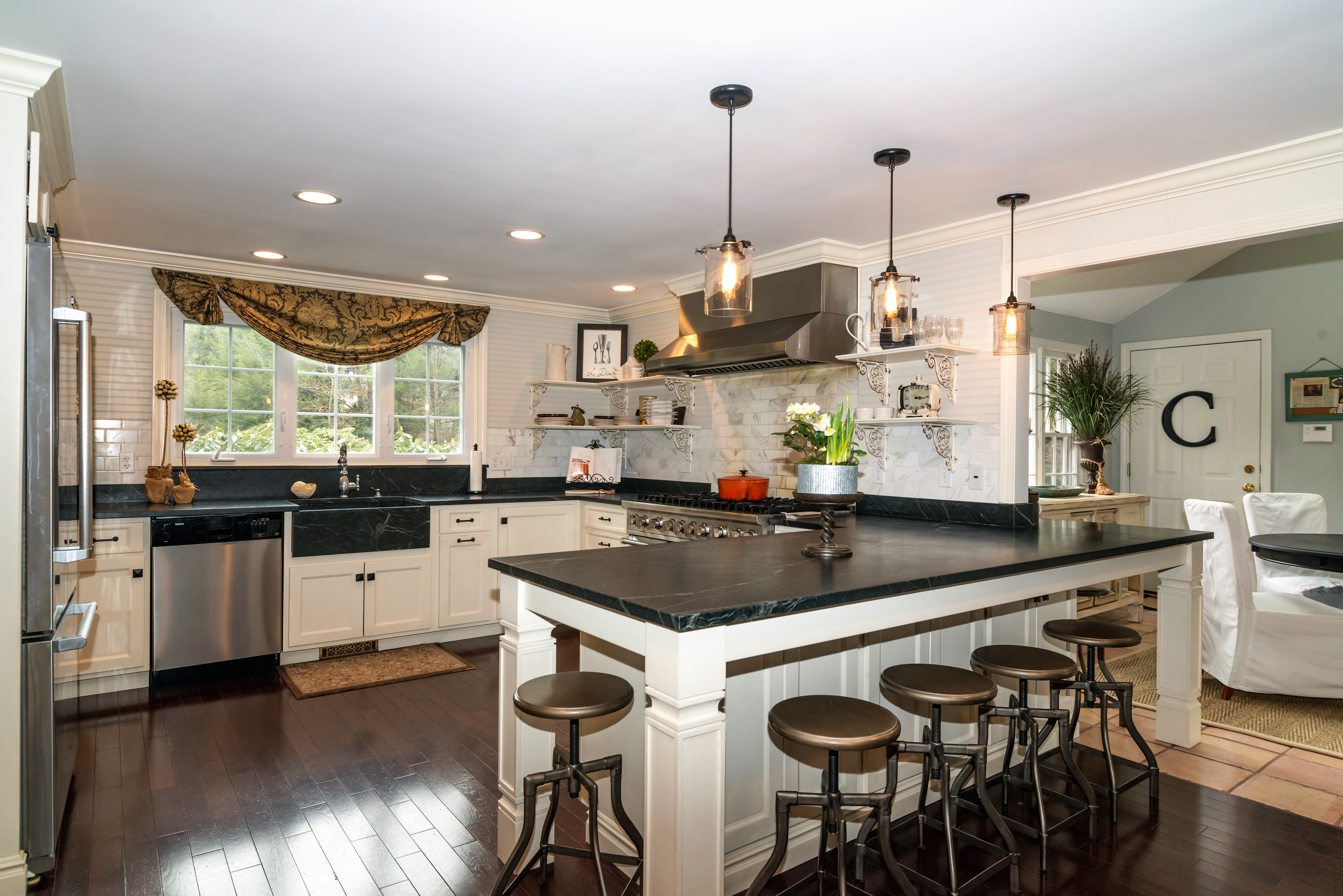 Expansive Soapstone Counters