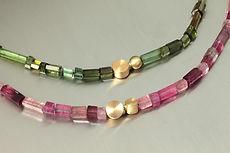 zwei-machen-schmuck-kette-turmalin-gold-pink-rosa-rot-gruen-design-goldschmiede-anfertigung-essen-ruettenscheid