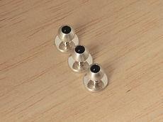 zwei-machen-schmuck-frackknoepfe-rund-kugel-onyx-schwarz-silber-design-goldschmiede-anfertigung-essen