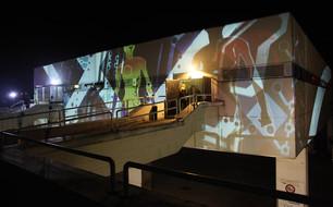 - Fashion Week - Digitale Fassadenprojektion - Kantine Wien.   Konzept, Produktion und ProjektionsTechnik -  MODULUX (Implementierung/Johannes Menneweger bei Lichttapete)  Kunde: DKE Entertainment GmbH