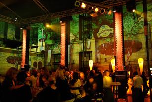 - Ottakringer Maifest - Analoge 360° Raumprojektion - Hefeboden / Ottakringer Brauerei.   Konzept, Produktion und ProjektionsTechnik -  MODULUX (Implementierung/Johannes Menneweger bei Lichttapete)  Kunde: Ottakringer Eventmarketing