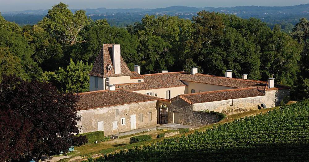 Château Jean Faux, in the village of Sainte Radegonde