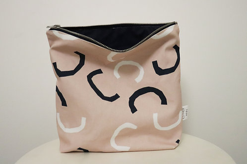 The Curves Pouch   Large